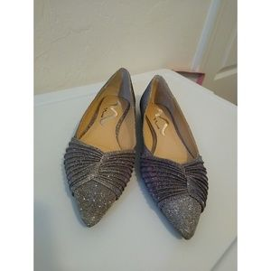 Size 7.5M Nina Steel Sparkle pointed flats